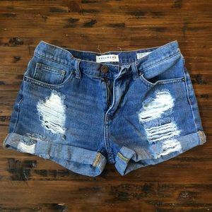 Bullhead brand boyfriend jeans shorts